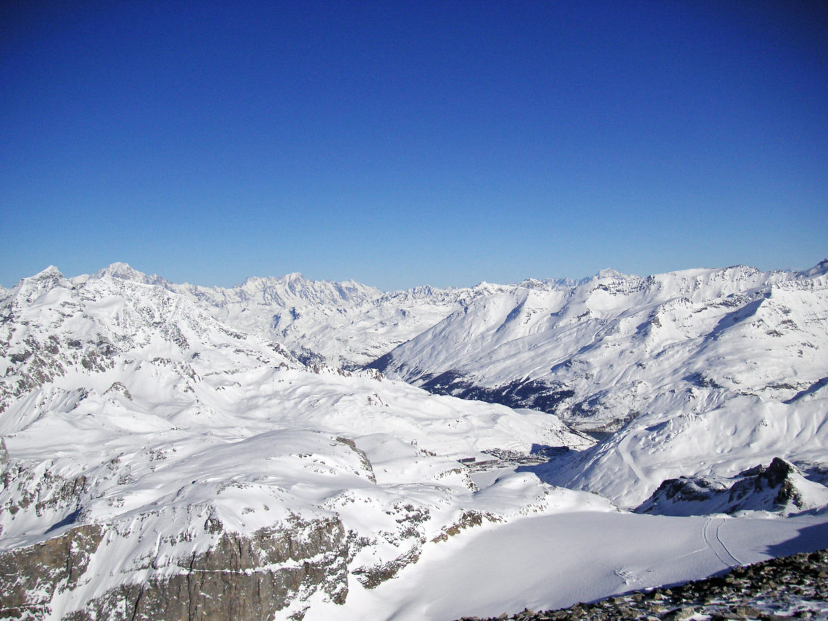tignes review feature picture